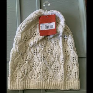 MOSSIMO Loose Knit Crochet Off White Hat NEW +TAGS